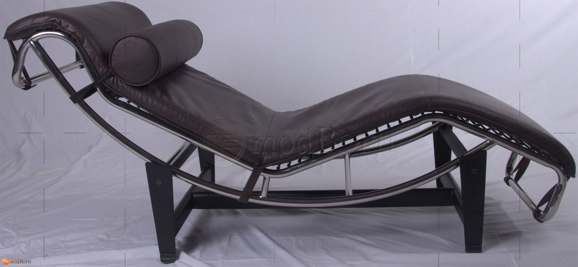 Le corbusier style lc4 chaise lounge brown leather for Chaise lounge by le corbusier